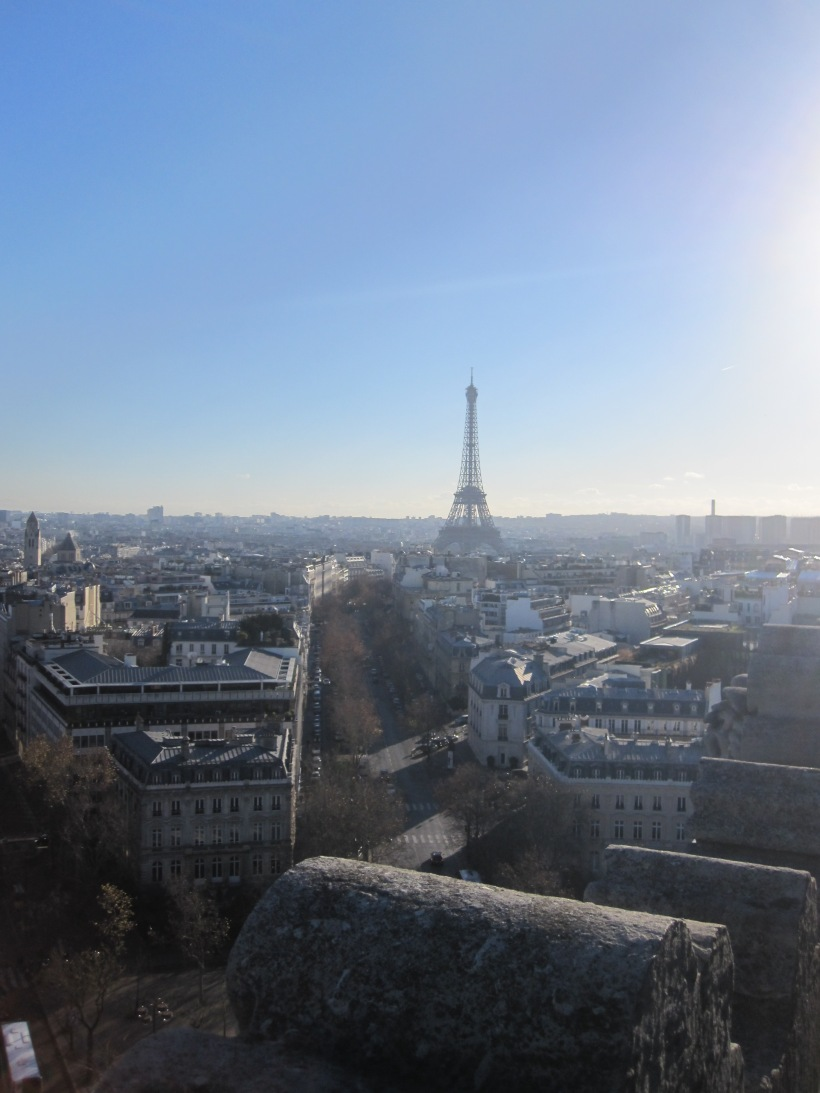 Le Tour Eiffel as seen from L'Arc de Triomphe
